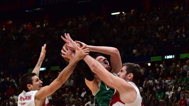 L'Olimpia è stata sconfitta 124-91 nel match degli NBA Global Games disputato al Forum di Assago.