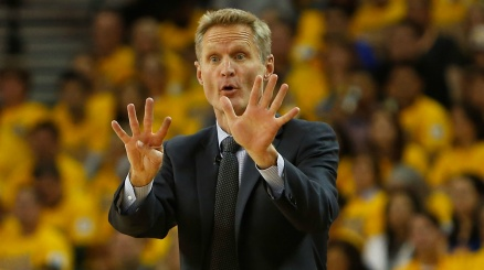 NBA: Warriors sconfitti, Kerr espulso