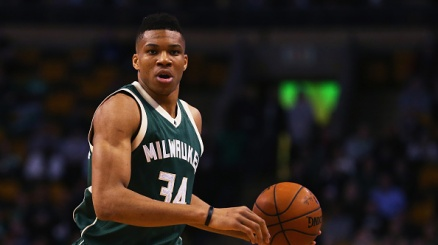 NBA, bella vittoria di Milwaukee