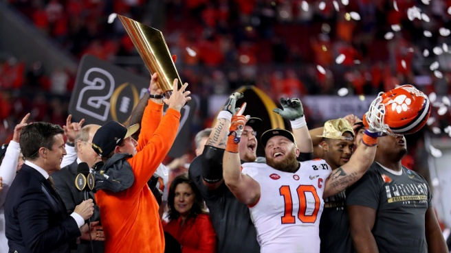 Football NCAA, trionfa Clemson