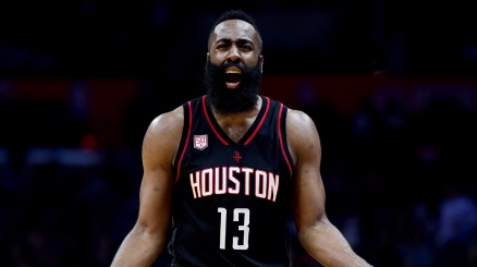 NBA, Harden lancia Houston sul 2-0