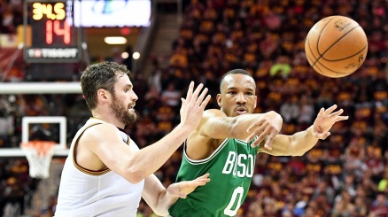 NBA, miracolo di Boston in gara 3