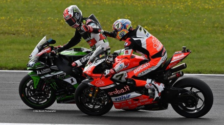 Sbk, fantastica vittoria di Davies in Germania