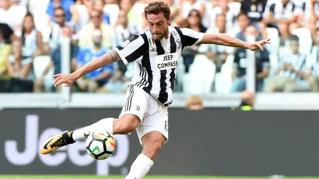 Juventus, lady Marchisio attacca