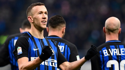 Inter, non solo lo United su Perisic