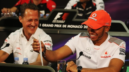 Hamilton, post commovente per Schumi