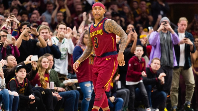 NBA, vittoria Cavs in volata
