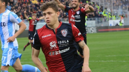 Un top club europeo irrompe su Barella