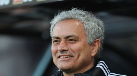 United, Mourinho pesca in Italia