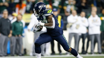 NFL, Seattle vince e vede i play-off