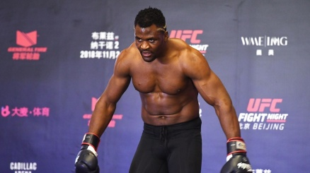 UFC: super Ngannou, 26 secondi per il KO