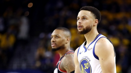 NBA, Golden State asfalta Portland in gara 1