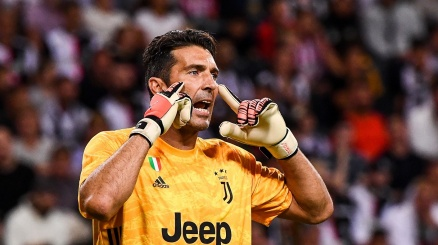 Buffon avverte la Juventus