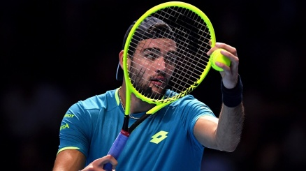 Atp Finals, Berrettini travolto da Djokovic al debutto