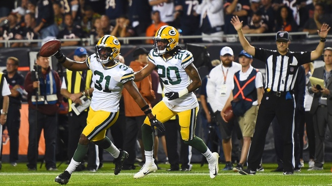 Post season NFL: avanti Chiefs e Packers