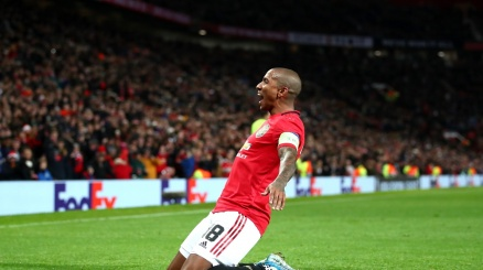 Ashley Young è dell'Inter