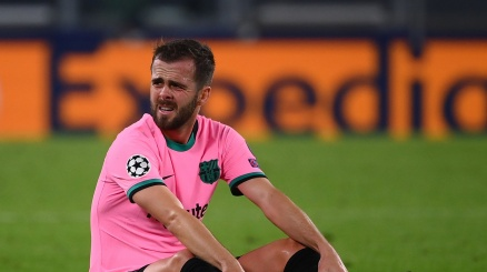 Miralem Pjanic flop: sotto accusa a Barcellona