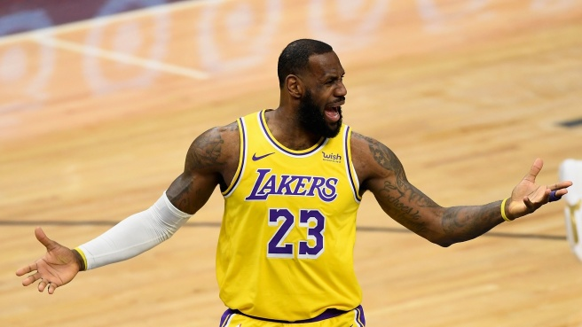 NBA: ora è vera crisi per i Lakers di James