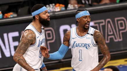 NBA: capolavoro Lakers, battuti i Nets